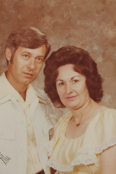 Restore old family photos in Angleton TX